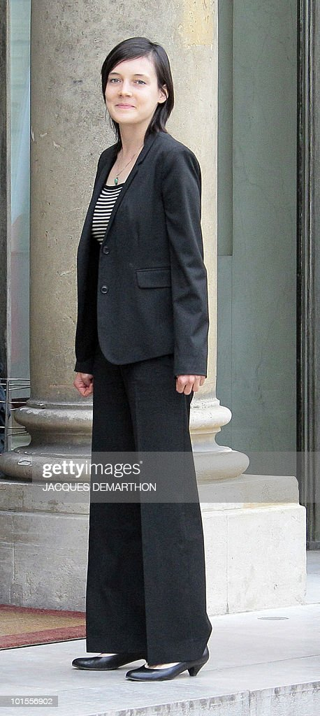 French academic Clotilde Reiss arrives at the Elysee Palace in Paris after her return from Teheran, on May 16, 2010. Reiss, who had been arrested and held in Iran since last July, left Tehran early Sunday for Paris a week after France rejected a US call for the extradition of Majid Kakavand and allowed him to return home.