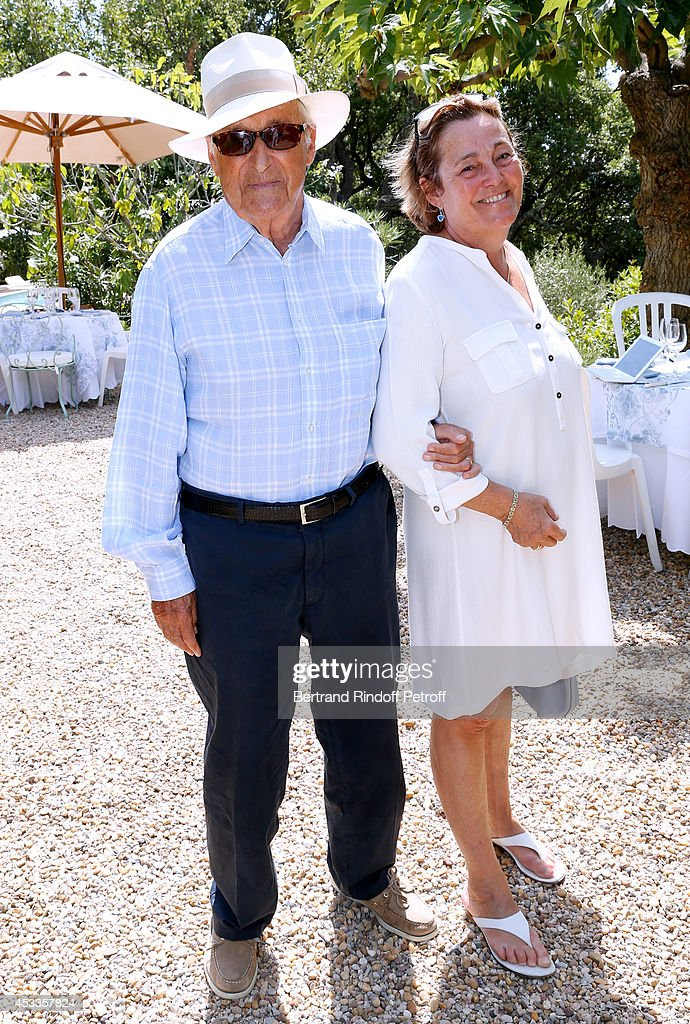 French Academician <a gi-track='captionPersonalityLinkClicked' href=/galleries/search?phrase=Alain+Decaux&family=editorial&specificpeople=548611 ng-click='$event.stopPropagation()'>Alain Decaux</a> and his wife Micheline Pelletier attend the lunch at Jacqueline Franjou's house, as part of the 30th Ramatuelle Festival, on August 8, 2014 in Ramatuelle, France.
