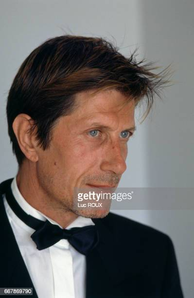 French actor and singer Jacques Dutronc attends the Cannes Film Festival for the presentation of the film Van Gogh directed by Maurice Pialat