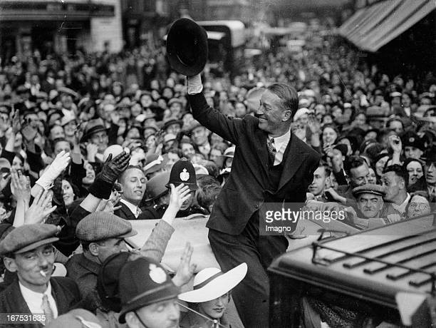 French actor and singer Maurice Chevalier in Luton June 15th 1935 Photograph Der französische Schauspieler und Sänger Maurice Chevalier in Luton...