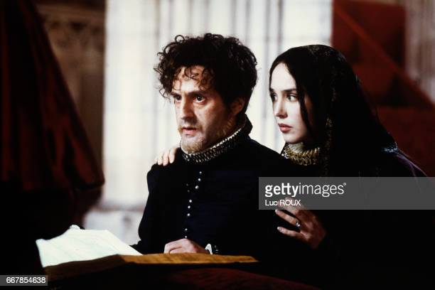 French actor Daniel Auteuil and French actress Isabelle Adjani on the set of the 1994 film La Reine Margot directed by Patrice Chereau