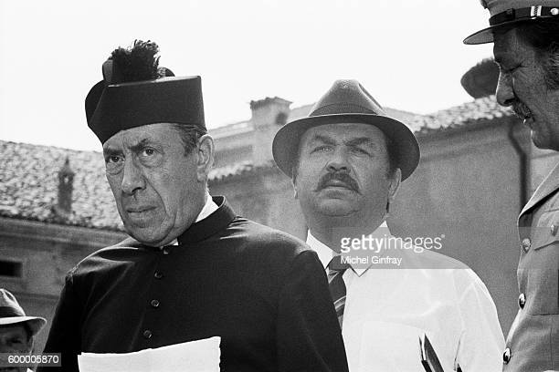 French actor Fernandel and Italian actor Gino Cervi on the set of Don Camillo directed by Julien Duvivier