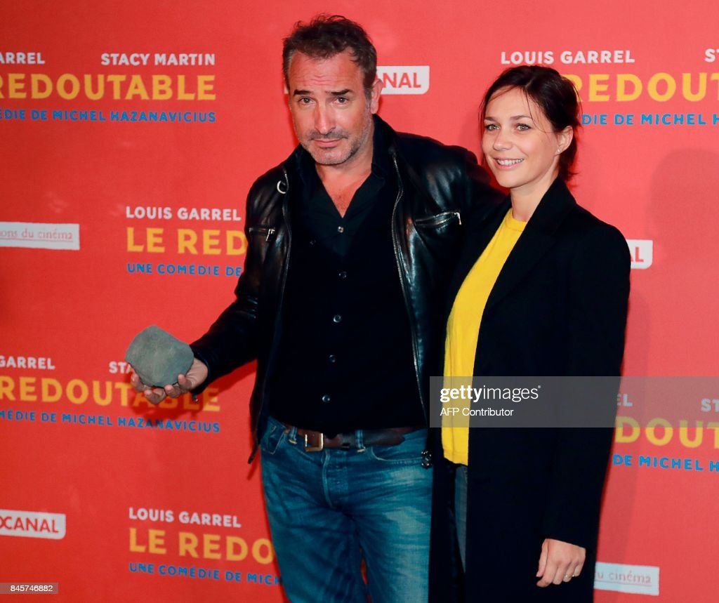 Натали Пешала-Фабьен Бурза - Страница 3 French-actor-jean-dujardin-and-french-figure-skater-nathalie-pechalat-picture-id845746882