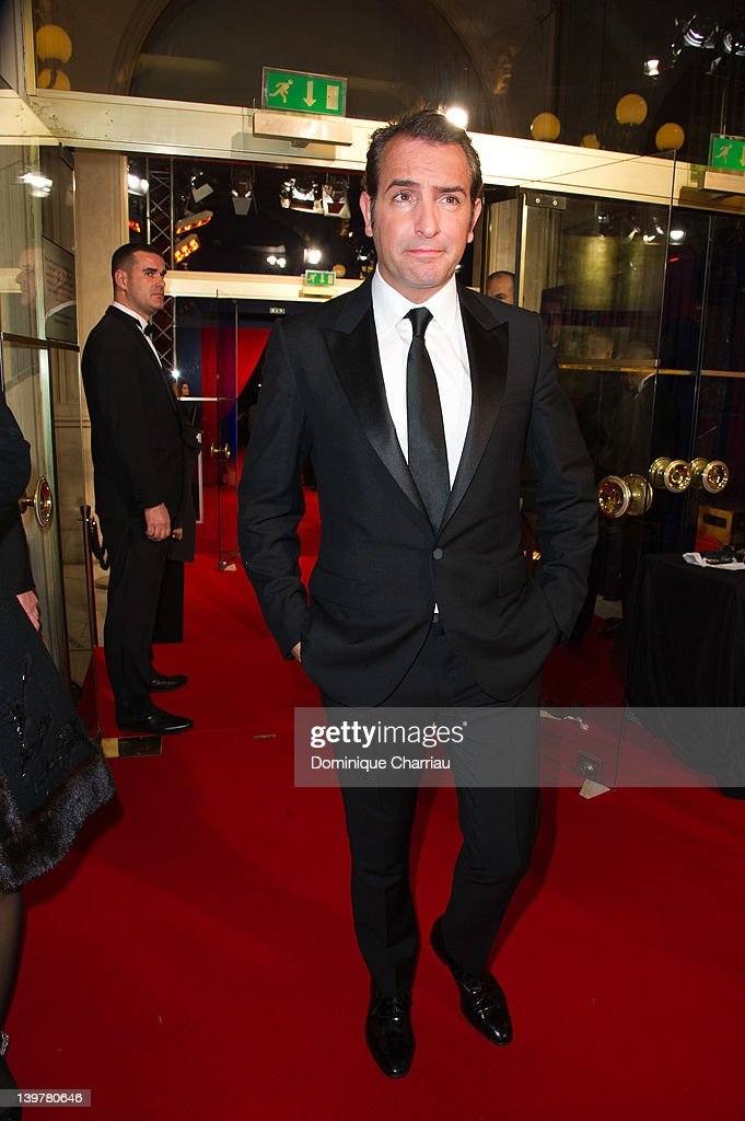 Cocktail arrivals cesar film awards 2012 getty images for Dujardin thierry