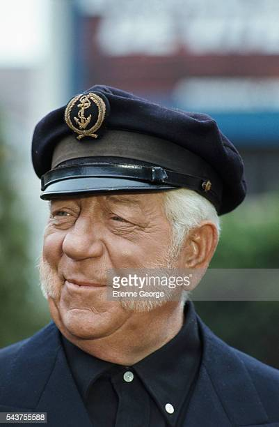 French actor Jean Gabin on the set of Le Drapeau Noir Flotte sur la Marmite directed by French director Michel Audiard and based on Rene Fallet's...