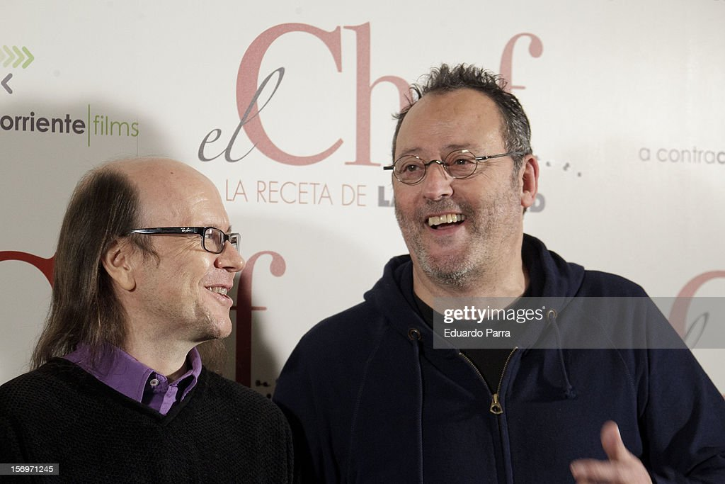 French actor Jean Reno (R) and Spanish actor Santiago Segura attend 'El Chef, la receta de la felicidad' ('Comme un chef') photocall at Intercontinental hotel on November 26, 2012 in Madrid, Spain.
