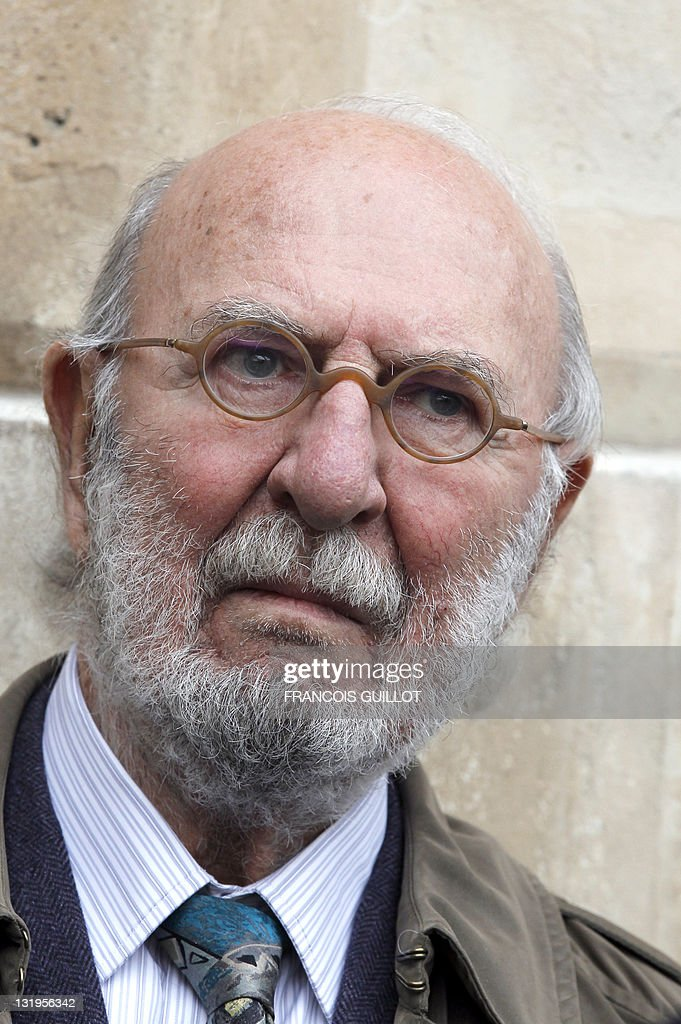 French actor Jean-Pierre Marielle attends a ceremony to unveil a plaque to mark the building where French entertainer Henri Salvador had lived for 46 years, 6 place Vendome in Paris, on November 9, 2011.