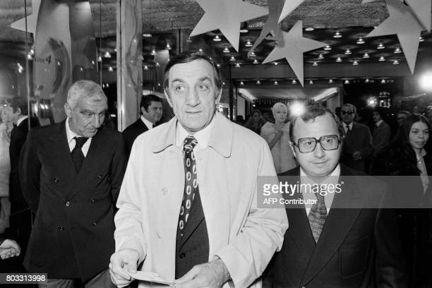 French actor Lino Ventura arrives to attend the gala 'Il était une fois Hollywood' on January 15 1975 in Paris / AFP PHOTO /