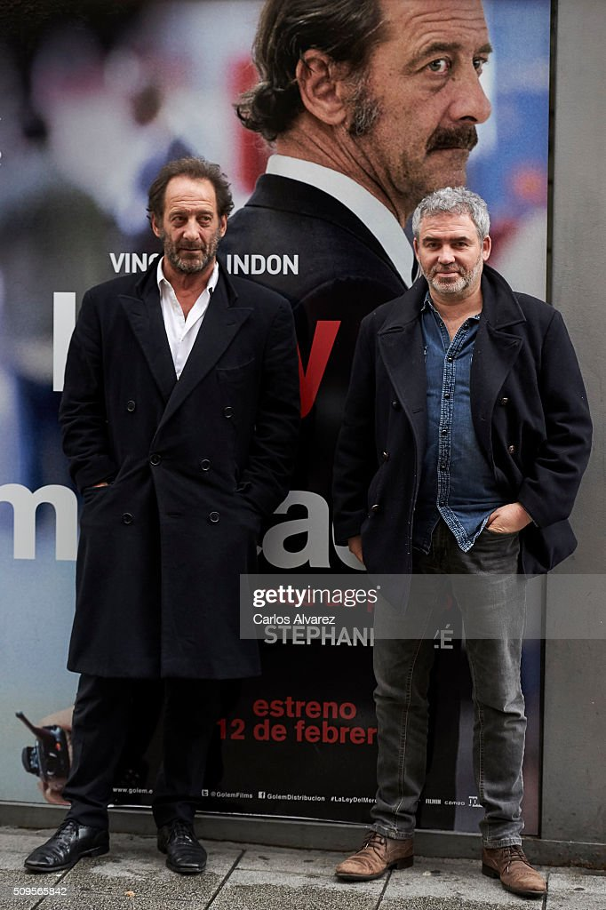French Actor <a gi-track='captionPersonalityLinkClicked' href=/galleries/search?phrase=Vincent+Lindon&family=editorial&specificpeople=626589 ng-click='$event.stopPropagation()'>Vincent Lindon</a> (L) and French director <a gi-track='captionPersonalityLinkClicked' href=/galleries/search?phrase=Stephane+Brize&family=editorial&specificpeople=706081 ng-click='$event.stopPropagation()'>Stephane Brize</a> (R) present 'La Loi Du Marche' (The Measure Of A Man) at the Golem cinema on February 11, 2016 in Madrid, Spain.