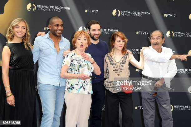 French actors Amelie Etasse LoupDenis Elion Marion Game David Mora AnneElisabeth Blateau and Gerard Hernandez pose during a photocall for the TV show...