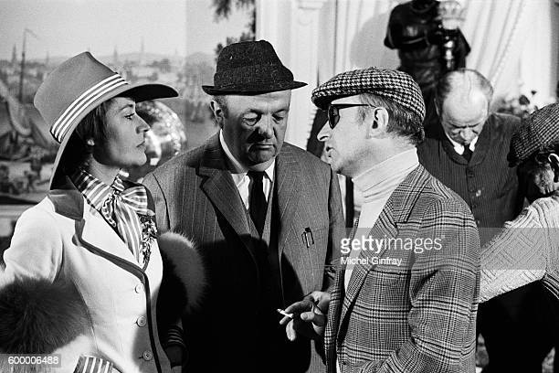 French actors Annie Girardot and Bernard Blier with director and screenwriter Michel Audiard on the set of Elle Cause Plus Elle Flilngue