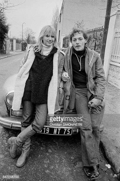 French actors MiouMiou and Patrick Dewaere on the set of F comme Fairbanks written and directed by Maurice Dugowson