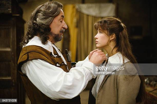 French actors Philippe Noiret and Sophie Marceau on the set of the film La fille de d'Artagnan directed by French director Bertrand Tavernier