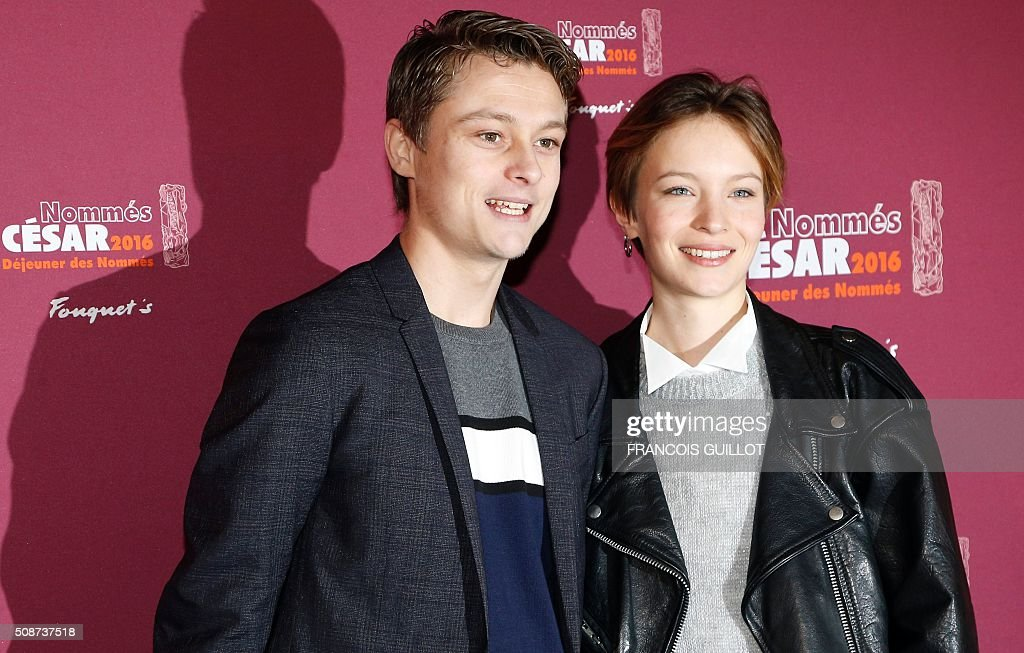 French actors Rod Paradot (L) et Diane Rouxel, nominated as Best Male and Female Newcomer, pose during the nominations event for the 2016 César film awards, on February 6, 2016 in Paris. The 41st Ceremony for the Cesar film award, considered as the highest film honour in France, will take place on February 26, 2016. / AFP / FRANCOIS GUILLOT