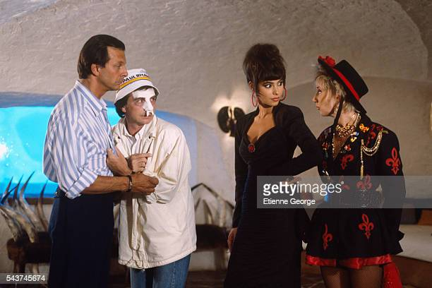 French actors Roland Giraud Gerard Rinaldi Mathilda May and MarieAnne Chazel on the set of the film 'La Vie dissolue de Gerard Floque' by French...