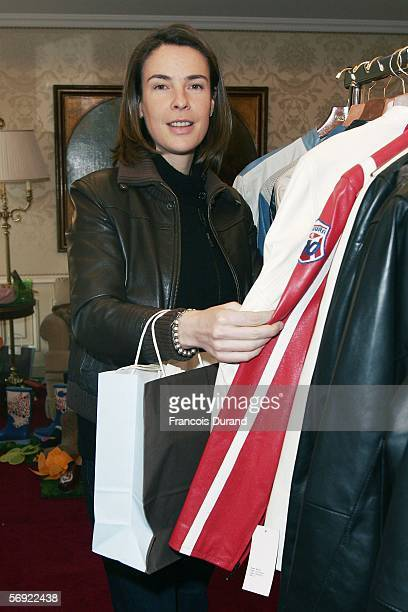 French actress Benedicte Delmas poses for photographs inside the 'Espace Glamour Chic' the first gift lounge organized at the George V hotel February...