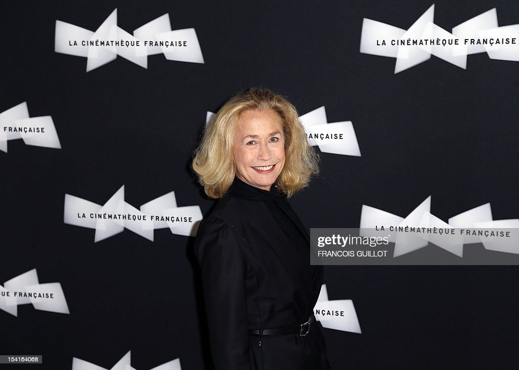 French actress Brigitte Fossey poses during a photocall prior to the premiere screening of the movie 'Amour', awarded the 2012 Cannes film festival Palme d'Or, on October 15, 2012 in Paris. AFP PHOTO FRANCOIS GUILLOT