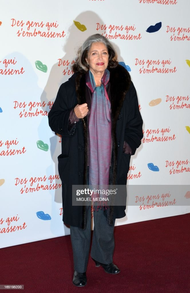 French actress Francoise Fabian poses while arriving to attend the premiere of the movie 'Des gens qui s'embrassent' (People kissing) by French director Daniele Thompson, on April 1, 2013 in Paris.