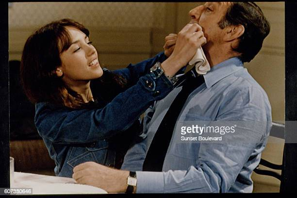French actress Isabelle Adjani and Italian actor Lino Ventura on the set of La Gifle written and directed by de Pinoteau
