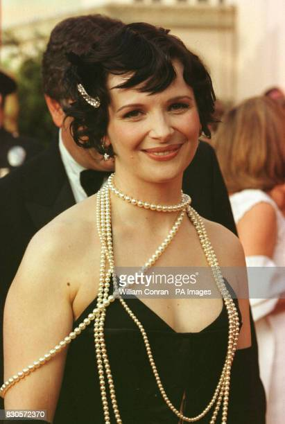 French actress Juliette Binoche arriving for the 73rd Annual Academy Awards at the Shrine Auditorium in Los Angeles USA She is wearing a corset and...