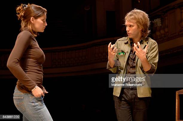 French actress Laetitia Casta with writer and stage director Florian Zeller during the rehearsals of his play Elle t'attend at the Theatre de la...