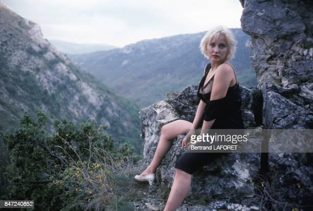 French actress Pauline Lafont on set of movie 'Deux minutes de soleil en plus' directed by Gerard Vergez in November 1987 in France