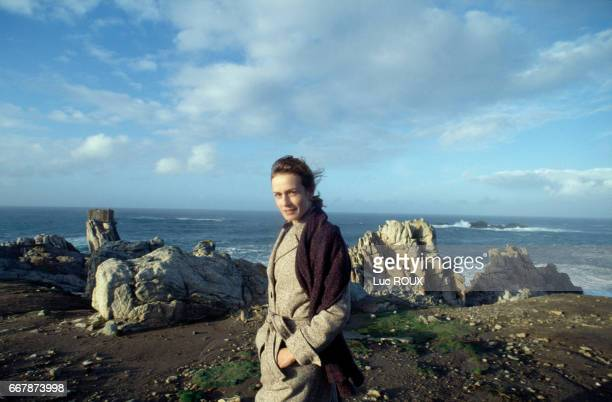 French actress Sandrine Bonnaire on the set of the film Le Voleur de Vie directed by Yves Angelo