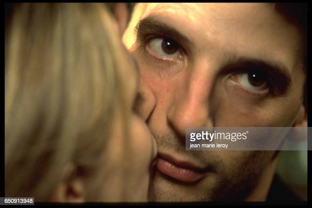 French actress Sandrine Kiberlain and actor director screenwriter and producer Mathieu Kassovitz on the set of 'Un héros très discret' by French...