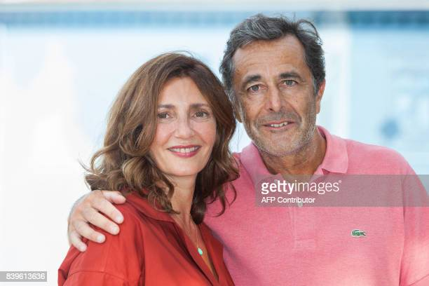 French actress Valerie Karsenti and French director Nicolas Vanier pose during a photocall for the film 'L'ecole buissonniere' during the 10th...