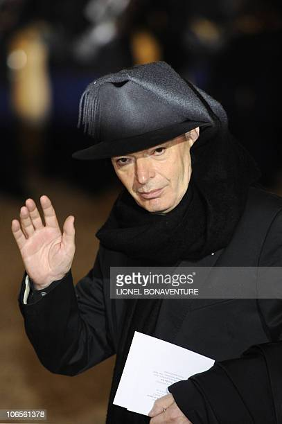 French architect Jean Nouvel arrives for an official dinner at the presidential Elysee Palace on November 4 2010 in Paris Chinese President Hu Jintao...