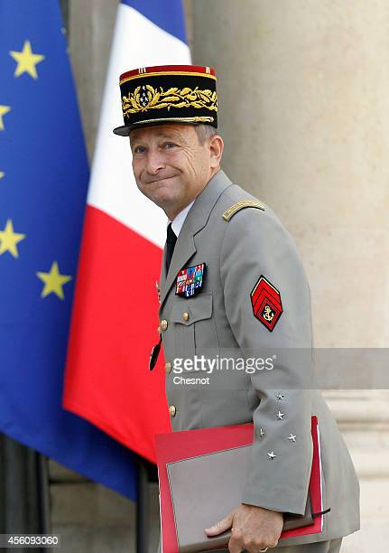 French Army Chief of Staff General Pierre de Villiers arrives at the Elysee Palace prior an extraordinary defense council with French President...