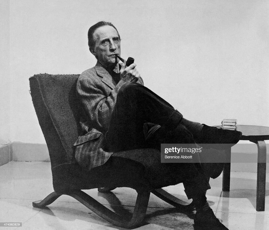 French artist <a gi-track='captionPersonalityLinkClicked' href=/galleries/search?phrase=Marcel+Duchamp&family=editorial&specificpeople=227454 ng-click='$event.stopPropagation()'>Marcel Duchamp</a>, Greenwich Village, New York, circa 1945.