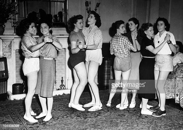 French athletes among them Micheline OSTERMEYER dancing in the lounge of their hotel in London upon their arrival in the city for the Olympic Games