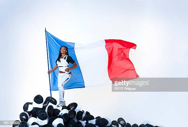 French Athletes On The Eve Of The Olympic Games In London 2012 Laura Flessel A la veille de l'ouverture des Jeux Olympiques de Londres 2012 les...