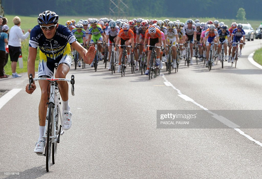 French Brice Feillu (L) competes during the fourth stage Schawarzenburg - Wettingen of the Tour of Switzerland cycling race on June 15, 2010. Frenchman Brice Feillu (Vacansoleil), a stage winner in last year's Tour de France, set off on a solo breakaway from the tenth kilometre.
