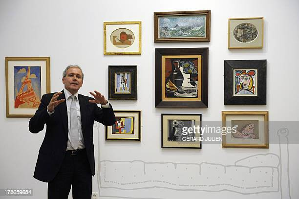 'COLLECTION PLANQUE L'EXEMPLE DE CEZANNE' French Bruno Ely chiefcurator of the Granet museum in AixenProvence southern France presents the exhibition...