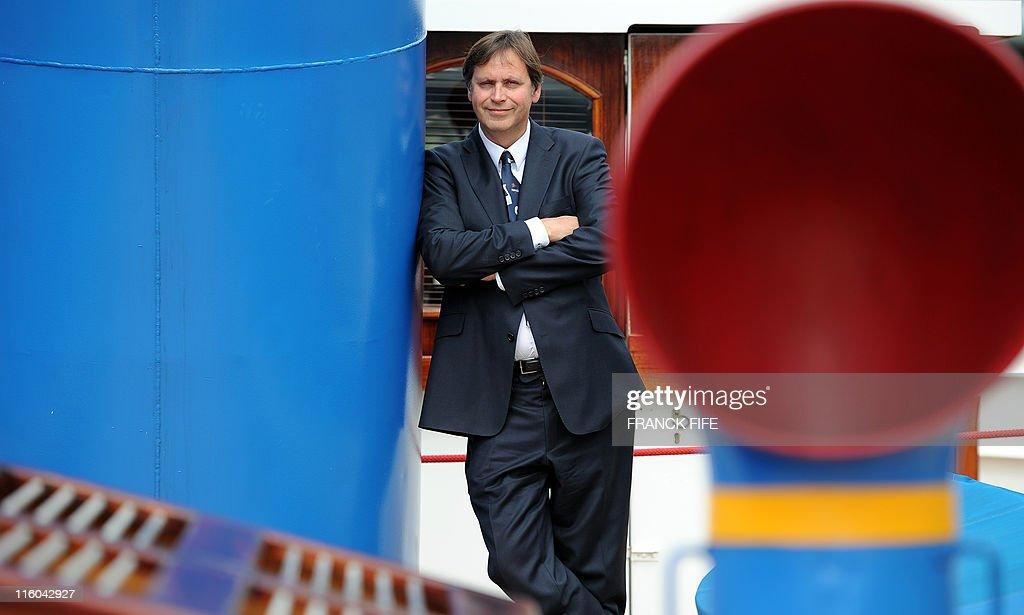 French businessman didier spade who decided to rebuild the - L atelier du france port de grenelle 75015 paris ...