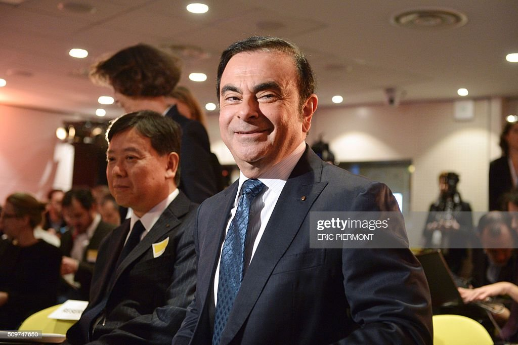 French carmaker Renault CEO Carlos Ghosn arrives to attend the financial annual results presentation at the group headquarters in Boulogne-Billancourt, near Paris, on February 12, 2016 . / AFP / ERIC PIERMONT