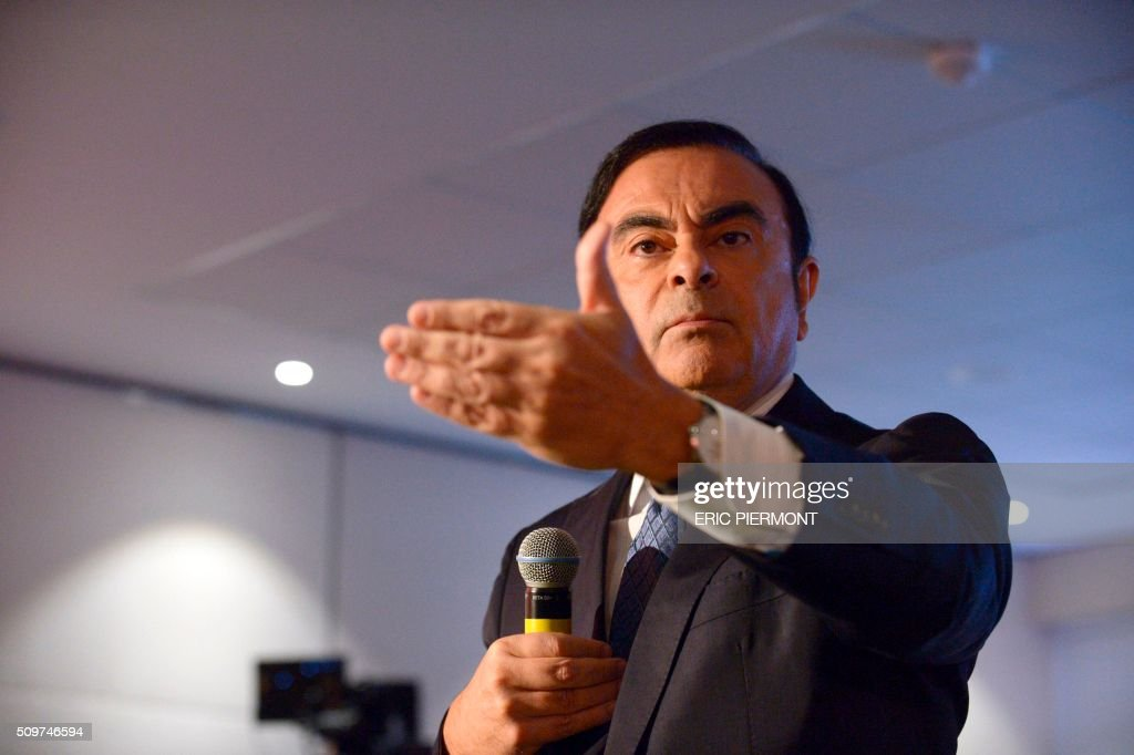 French carmaker Renault CEO Carlos Ghosn talks during the financial annual results presentation at the group headquarters in Boulogne-Billancourt, near Paris, on February 12, 2016 . / AFP / ERIC PIERMONT