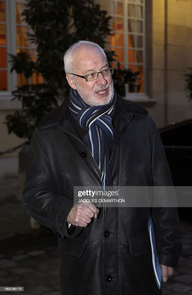 French Claudy Lebreton, head of French departments Assembly, arrives on January 28, 2013, in Paris, at the Hotel Matignon, the Prime Minister official residence, to attend a meeting to set up a working committee between French State and departements of France. AFP PHOTO JACQUES DEMARTHON