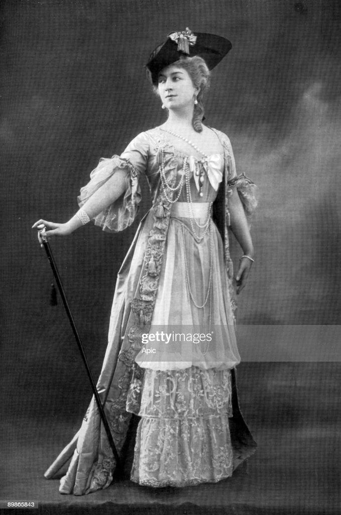 french comedian cecile sorel 1873 1966 as the countess in play le - Piece De Theatre Le Mariage De Figaro