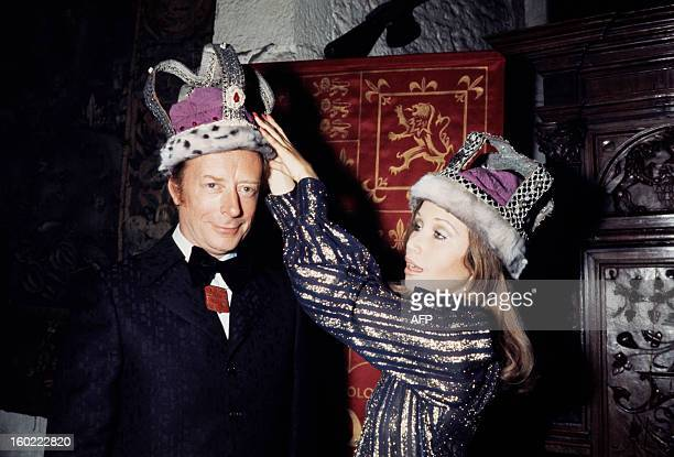 French comedians Bernard Dheran and Line Chardonner pose on October 14 1972 during a medieval reception at Bunratty Castle in Shannon Dehrand former...