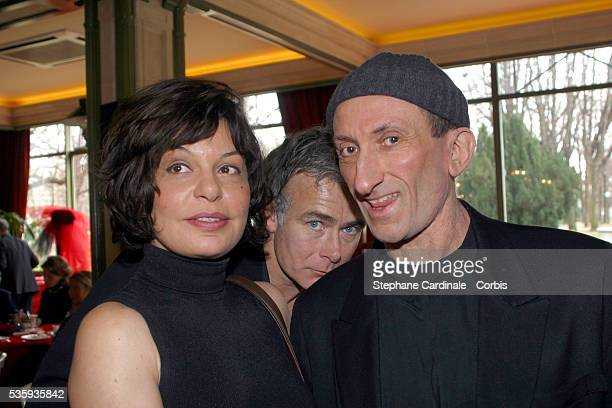 French comics Isabelle Mergault Franck Dubosc and JeanFran ois Derec at Le Doyen restaurant Photo by People Avenue/Corbis