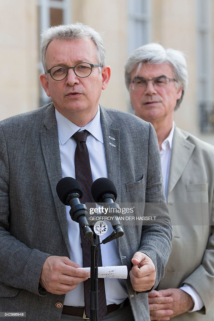 French Communist Party (PCF) national secretary Pierre Laurent makes a statement following a meeting with French President on June 25, 2016 at the Elysee Palace in Paris, after Britain voted to leave the European Union a day before. Europe's press was awash with gloom and doom over Brexit on June 25, warning that it was a boon for nationalists while urging EU leaders to meet the challenge of their 'rendezvous with history'. / AFP / GEOFFROY