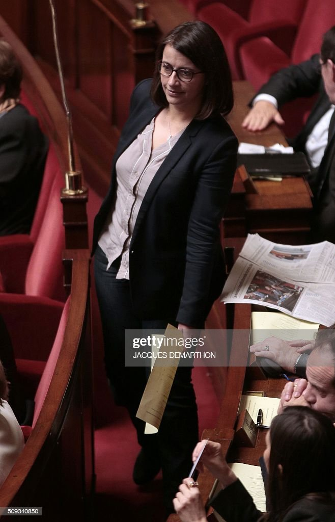 French Co-President of the EELV (Europe-Ecologie-les-Verts) Ecologist party group, Cecile Duflot attends the questions to the government at the National Assembly in Paris on February 10, 2016. French lawmakers were to vote on February 10 on a controversial package of measures to change the constitution following the terror attacks on Paris in November. / AFP / JACQUES DEMARTHON