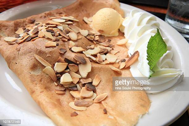 how to make french dessert crepes