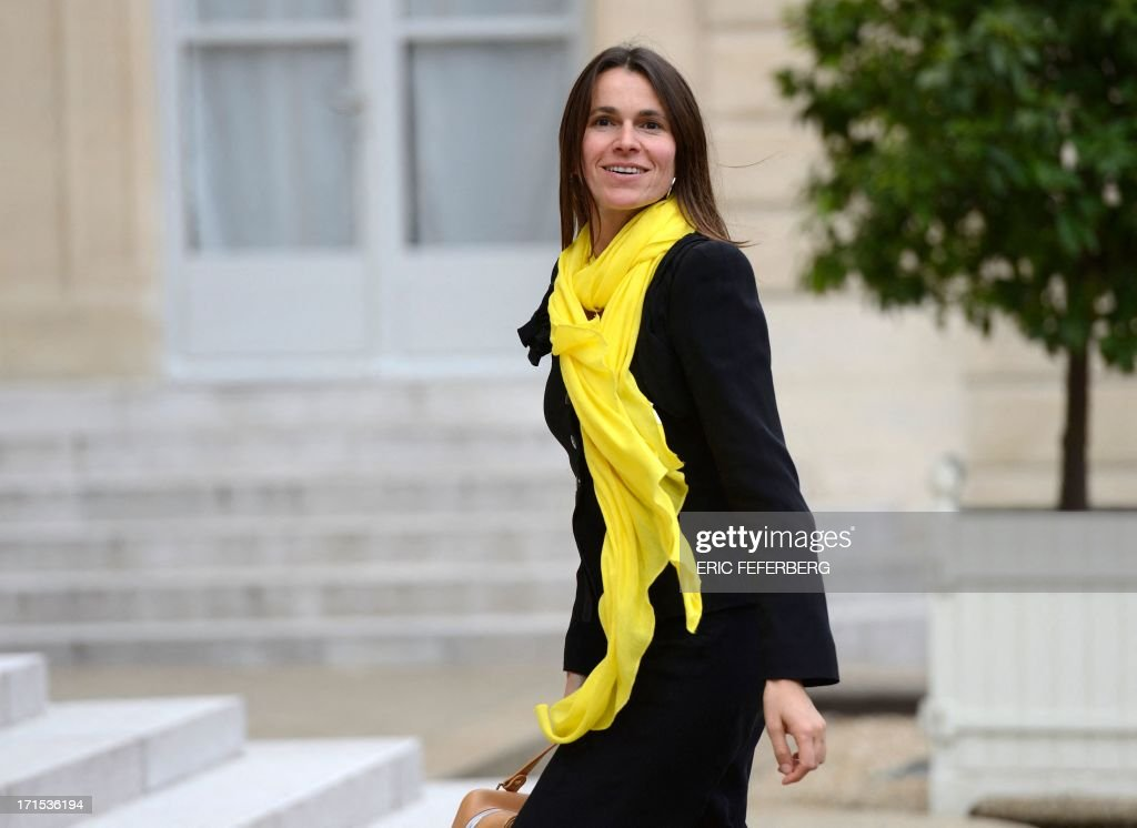 French Culture and Communication minister Aurelie Filippetti arrives on June 26, 2013 at the Elysee Presidential palace in Paris to attend a lunch with the French President and the winners of the Palme d'Or of the Cannes Film Festival 2013.