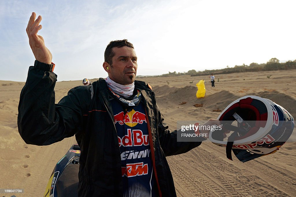 French Cyril Despres waits to start on his KTM before the Stage 2 of the Dakar 2013 in Pisco, Peru, on January 6, 2013. The rally will take place in Peru, Argentina and Chile from January 5 to 20.