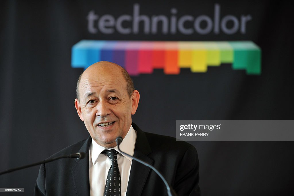 French Defence minister Jean-Yves Le Drian speaks during the press conference inaugurating the new Technicolor research and development centre in Cesson-Sevigne near the central western city of Rennes on November 22, 2012. AFP PHOTO FRANK PERRY