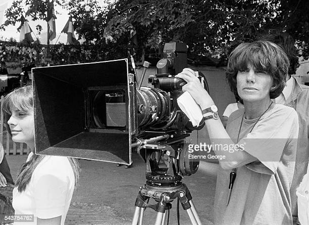 French director Nadine Trintignant on the set of her film 'Premiere Voyage' with her daugher actress Marie Trintignant | Location St Cesaire France